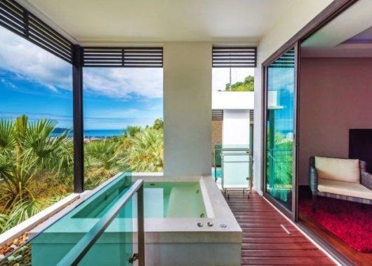 Juni – Juli: 9 Tage Phuket im 5* Hotel mit eigenem Jacuzzi inklusive Flug ab Köln für 552,50€