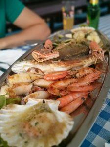 Meeresfrüchte im Restaurant Madalu