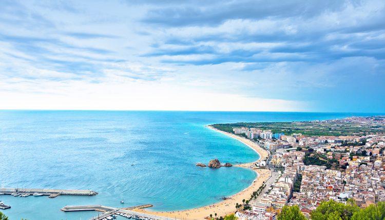 9 Tage Costa Brava im 4,5* Hotel inkl. Flug, Frühstück und Transfer im Mai ab 399€