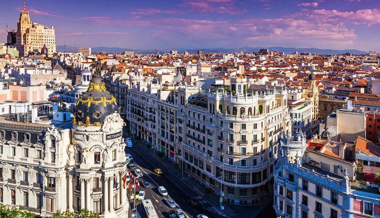 Städtereise Madrid: 3 bis 6 Tage im sehr guten 3* Hotel inkl. Flug und Frühstück ab 129€ p.P. (Spätsommer ab 209€)