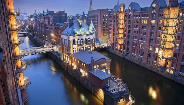 Tanz der Vampire in Hamburg inkl. 2 oder 3 Tage im 4* Hotel, Frühstück ab 119€