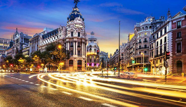 Madrid: 4 Tage im 4* Hotel mit Flügen ab 183€ pro Person