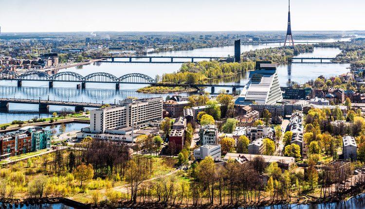 Riga im Sommer: 3 Tage im top 4*Hotel inkl. Flügen und Frühstück ab 106€