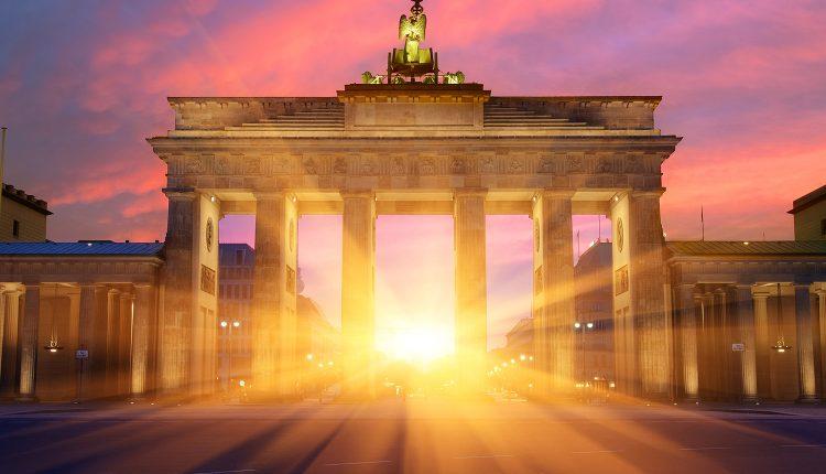 3 4 Tage Im 4 Hotel Estrel Berlin Inkl Fruhstuck Showticket Ab