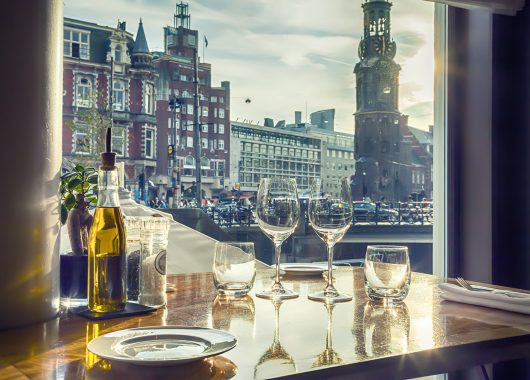 All Inclusive in Amsterdam: 3 Nächte im 4* Hotel mit Grachtenfahrt & Shuttle ab 295€ pro Person
