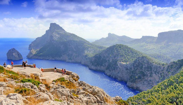 1 Woche Mallorca im 4* Hotel inkl. HP, Flug und Rail&Fly ab 252€