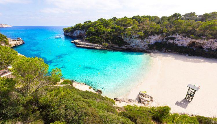 Mallorca im April/Mai: Eine Woche im sehr guten 3* Hotel inkl. Flug und Transfer ab 304€