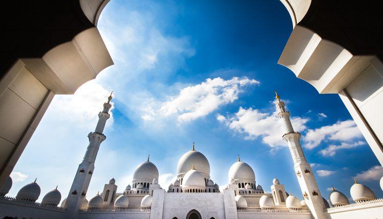 Eine Woche Abu Dhabi im 5* Hotel inkl. Frühstück, Flug, Rail&Fly und Transfer ab 492€