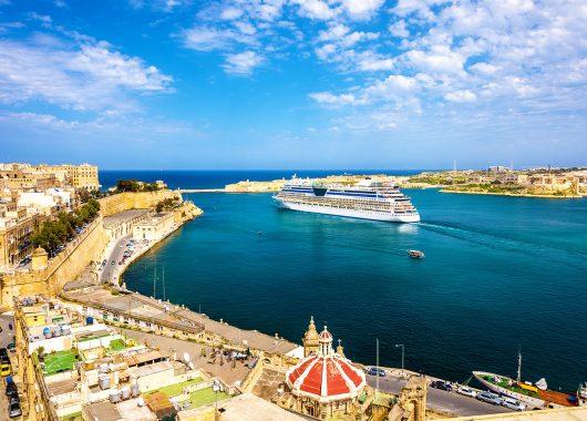 Malta Schnäppchen: 1 Woche im 4*Resort mit Frühstück, Flug, Transfers und Rail&Fly ab 199€