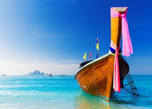 Last Minute Thailand: 2 Wochen in einer Deluxe-Villa im 4*Resort mit Flügen und Frühstück schon ab 920€