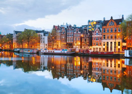 2 – 4 Tage Amsterdam im 4* Sheraton Hotel inkl. Frühstück und Late Check Out ab 49,50€