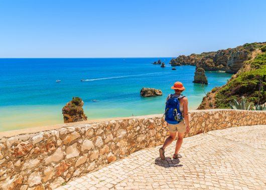7 Tage Algarve im November: 4* Strandhotel mit Frühstück, Rail&Fly, Flug und Transfer für 270€