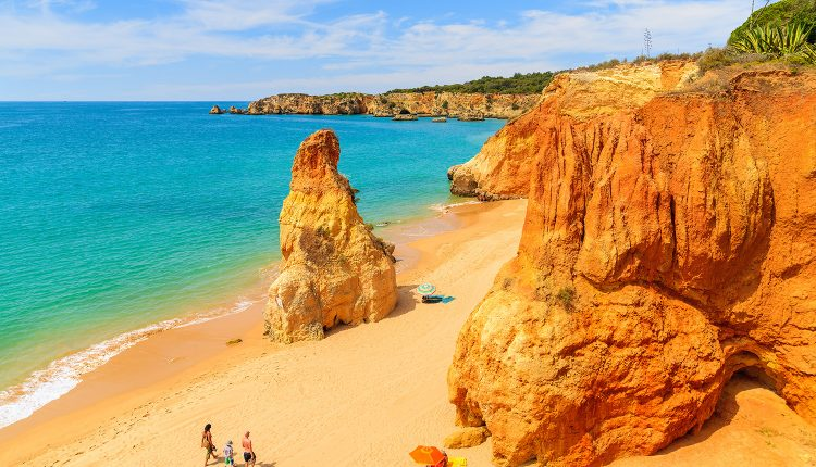 Algarve: Eine Woche im 3*Hotel inkl. Flug, Rail & Fly, Transfer und Frühstück ab 258€