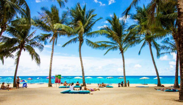 Phuket: 15 Tage im 4*Resort inkl. Flügen, Transfers und Frühstück ab 966€