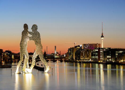 3 Tage Berlin im 4* Hotel mit Pool inkl. Frühstück ab 74,99€ pro Person