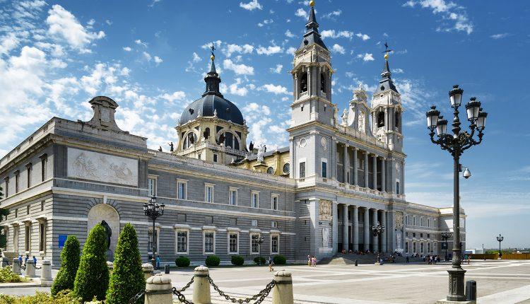 Madrid: Nächte im zentralen Hostal ab nur 17,50€ pro Person