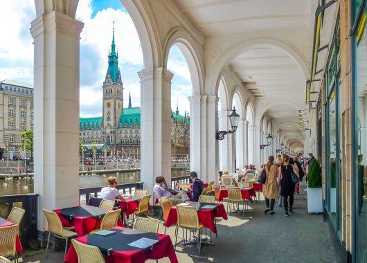 Hamburg: 2 oder 3 Tage im neueröffneten Hotel inkl. Frühstück und Hamburg Card ab 59€