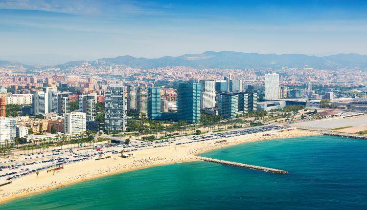 Barcelona: 3 bis 6 Tage im guten Hotel inkl. Flug und Frühstück ab 209€