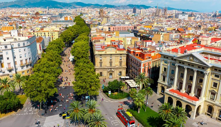 Kurztrip: 3 Tage Barcelona im zentralen 3* Hotel inkl. Flug ab 75€