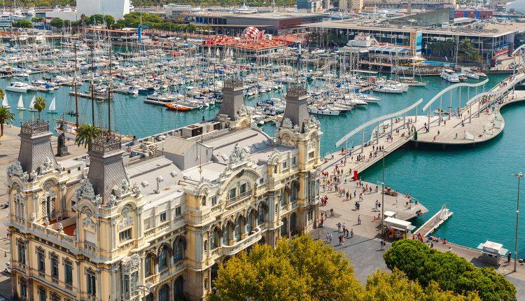 Barcelona: 3 Tage im 4*Hotel mit Flügen und Frühstück ab 145€