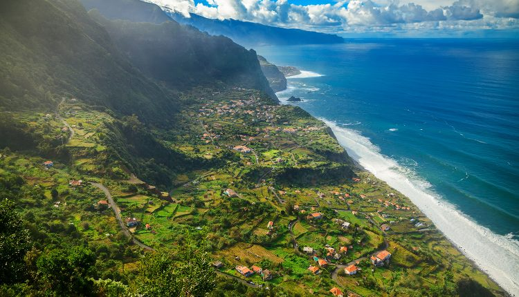 Eine Woche Madeira im 3* Bungalow inkl. Frühstück, Flug & Transfer ab 372€