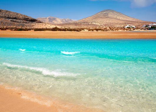 Eine Woche Fuerteventura im 3,5* Apartment inkl. Flug und Rail&Fly ab 272€
