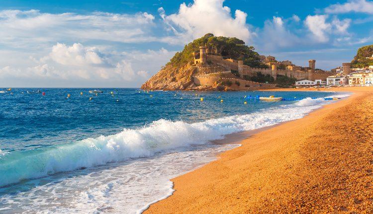 Costa Tropical: 7 Tage im 4*Hotel inkl. Halbpension und Flügen ab 327€