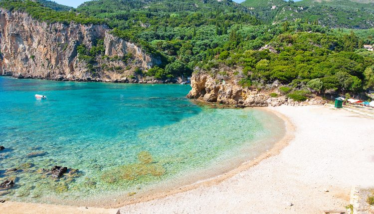 Eine Woche Korfu im 4* Apartment inkl. Frühstück, Flug, Rail&Fly und Transfer ab 327€