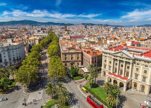 Valentinstag in Barcelona: 3 Tage im schicken 4*Hotel inklusive Flug ab 153€