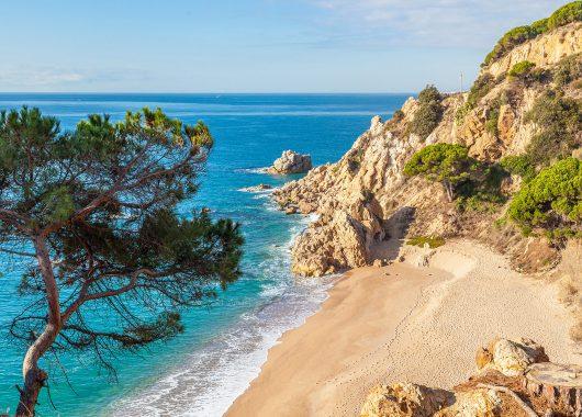 9 Tage Costa Dorada im Oktober: 4* Hotel, Transfer und Vollpension ab 407€