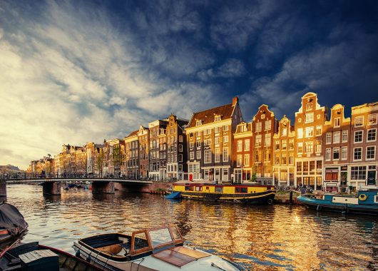 Amsterdam: 3 bis 5 Tage im schönen Hotel mit Bio-Frühstück, gratis Parken und Late Check-out für 79€