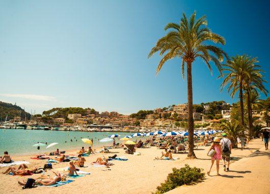Dezember: 1 Woche Mallorca im 3*Hotel inkl. Flügen und Halbpension ab 263€