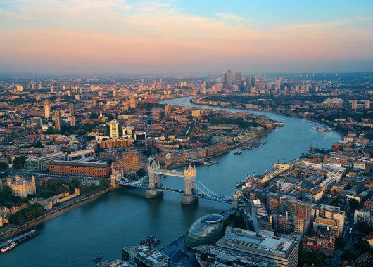 3 Tage London:  Top 4*Hotel und Flug ab Köln kombinieren für nur 193€