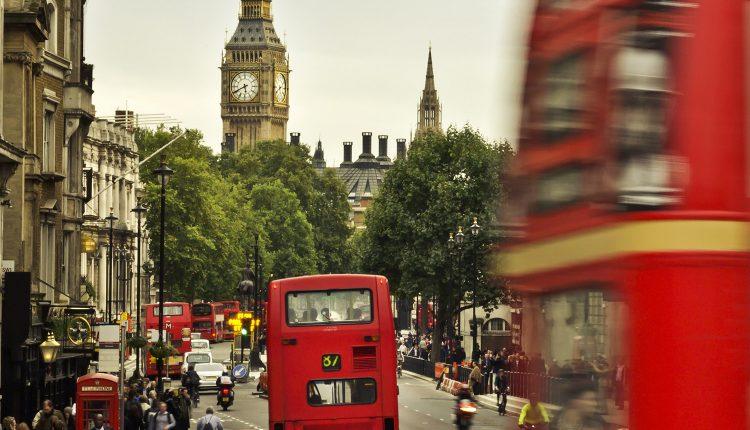 Schnäppchen: 5-tägiger Städtetrip nach London mit Üb. im guten 3* Hotel inkl. Flug ab 130€ pro Person