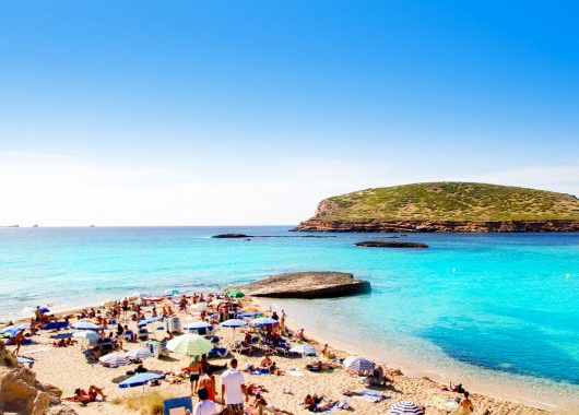Ibiza im Oktober: Eine Woche im 4-Sterne Hotel inkl. Flug und Transfer ab 315€