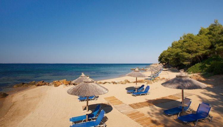 1 Woche Chalkidiki im Mai: 4* Hotel inkl. Halbpension, Flug und Transfer ab 360€