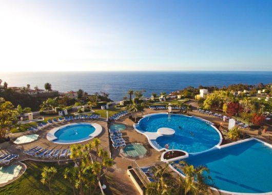 Lastminute: 1 Woche Teneriffa im 4* Hotel inkl. Frühstück, Flug, Transfer und Rail&Fly ab 471€