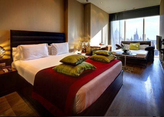 November – Februar: 4 Tage Barcelona im schicken und zentralen 4* Hotel & Flug ab 355€