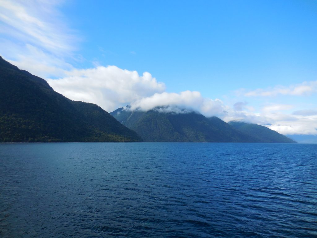 Ausblick von der Fähre zwischen Puerto Montt und Chaitén