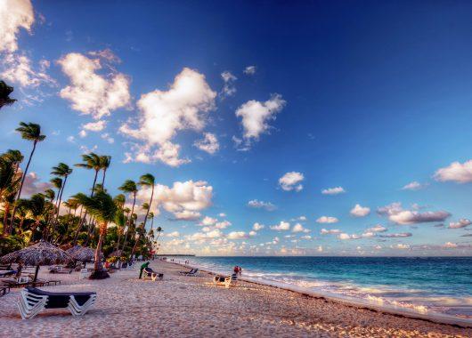 Teneriffa: Eine Woche im gut bewerteten Hotel inkl. Flug und Transfer ab 373€ pro Person