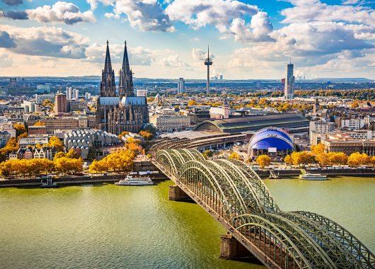 2 – 4 Tage im zentralen A&O Köln Neumarkt inkl. Frühstück, Sky Premium & WLAN ab 24,99€