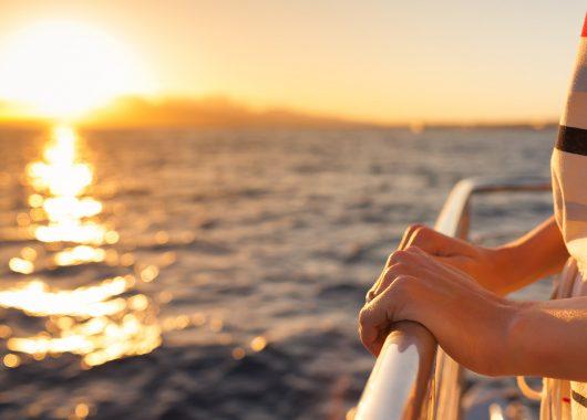 """TUI Cruises – Mein Schiff 1: 7 Nächte """"Kanaren mit Lanzarote"""" mit All In, Flug, Rail&Fly u. Transfer ab 1195€"""