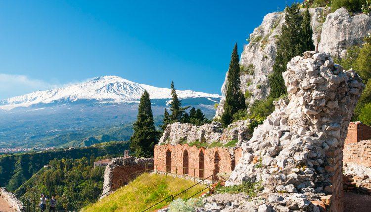Sizilien: Eine Woche im 3*Hotel inkl. Flug, Zugticket und Frühstück ab 319€