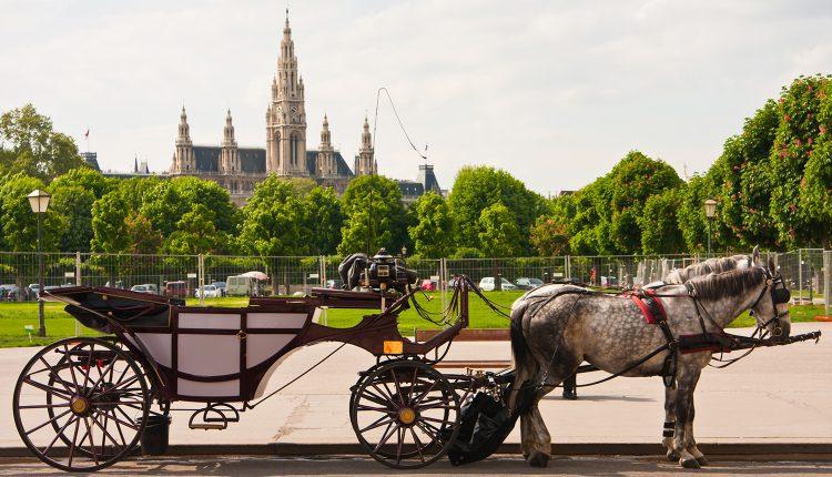 Wien: 4 Tage im zentralen 4* Hotel inkl. Flug und Frühstück ab 188€