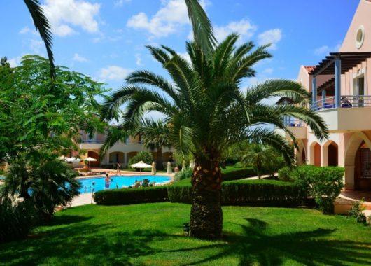 Eine Woche Kreta im 3* Hotel mit All In, Flug, Rail&Fly und Transfer ab 290€