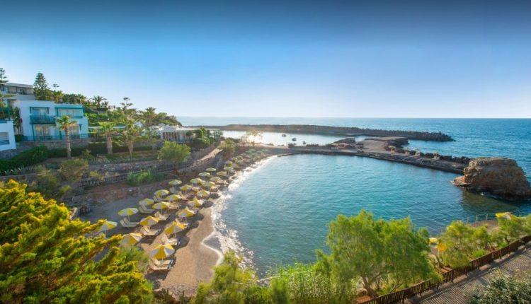 Eine Woche Kreta im 4,5* Hotel inkl. HP, Flug, Rail&Fly und Transfer ab 396€