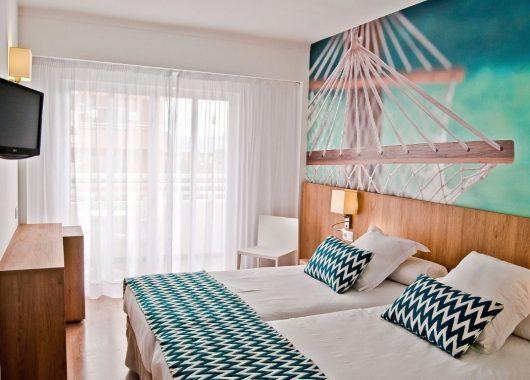 1 Woche Mallorca im top 3* Hotel inkl. HP, Flug und Rail&Fly ab 273€