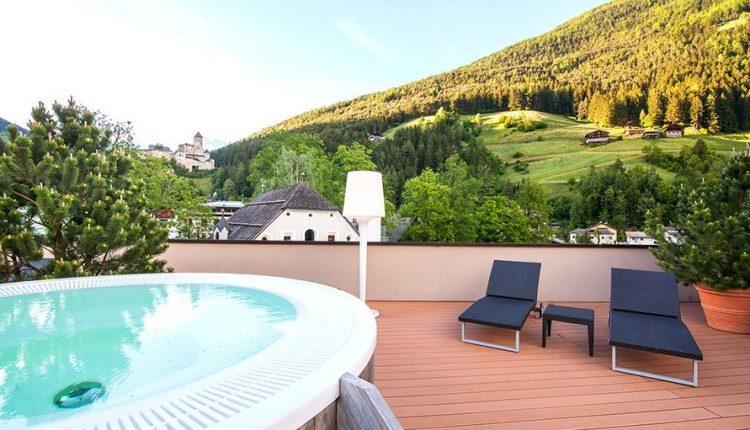 3 Tage Wellness in Südtirol: Nachhaltiges 4* Hotel inkl. Verwöhnpension und Aktivprogramm ab 169€