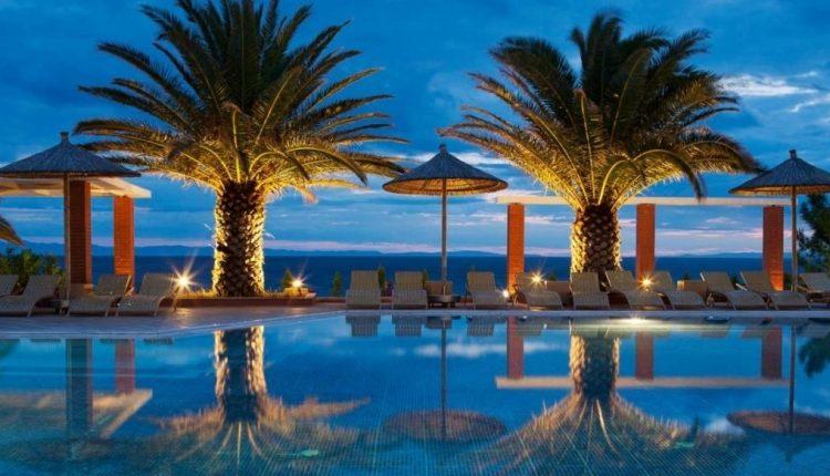 Eine Woche Thassos im Mai: 4* Strand-Resort inkl. HP, Flug, Rail&Fly u. Transfer ab 412€