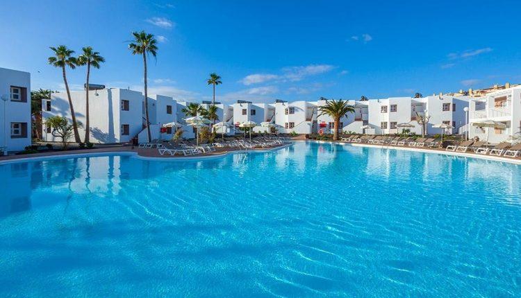 1 Woche Fuerteventura im 4* Hotel mit All In, Flug, Rail&Fly u. Transfer ab 399€